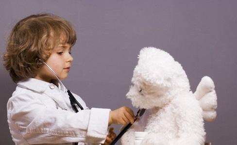 Дитина боїться лікарів