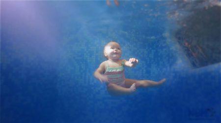"""Школа ранього плавання """"Немо"""""""