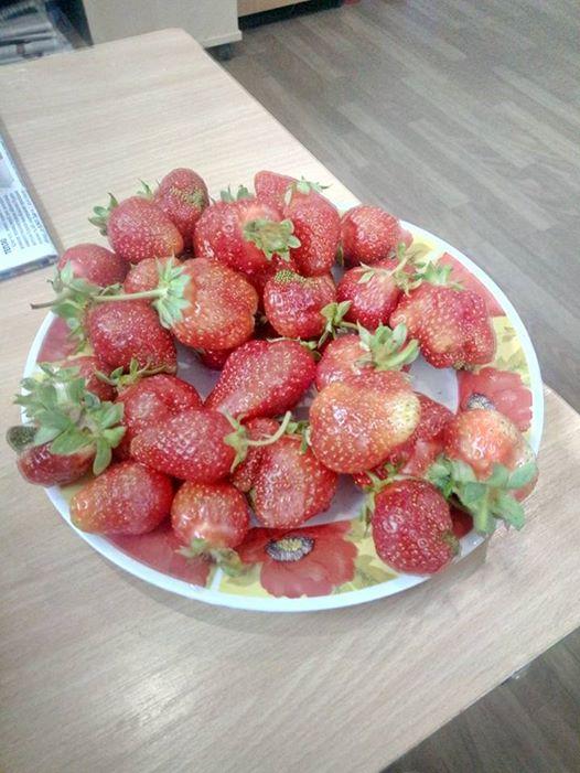 свіжа полуниця