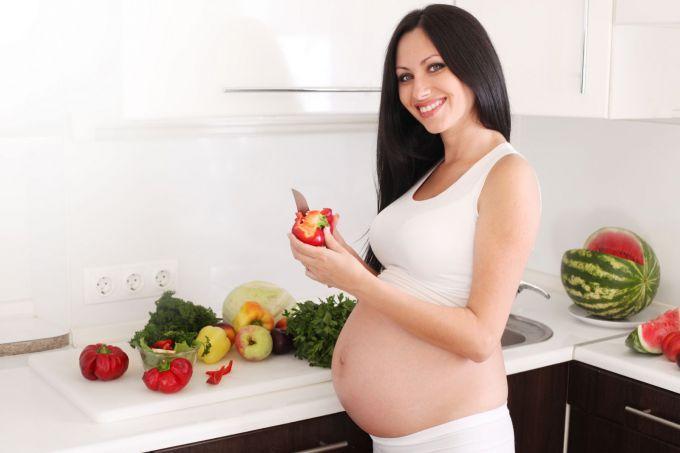 перший місяць вагітності