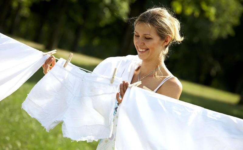 як вивести плями з одягу